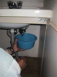洗面台 取外しの準備