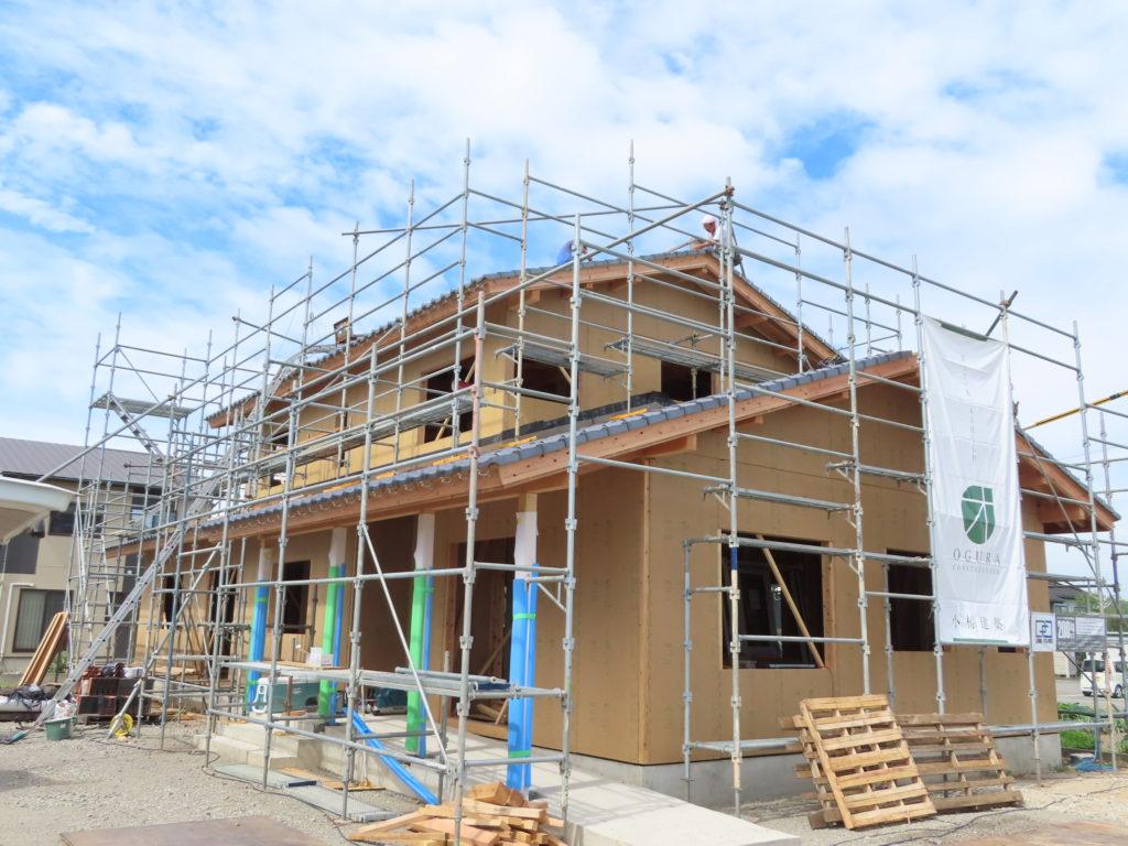 耐震等級3の家造り、外部には耐力面材を取り付け